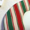 画像2: 壁飾り オーバル型フォトフレーム 赤緑縞 アンティーク着物生地ちりめん (2)
