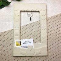 白いインテリアフレーム 布はり絵|キーフック&メモ挿み付き